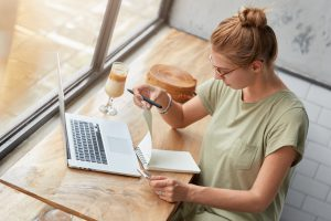 Dell Precision 15 3560to idealny laptop do profesjonalnego projektowania graficznego